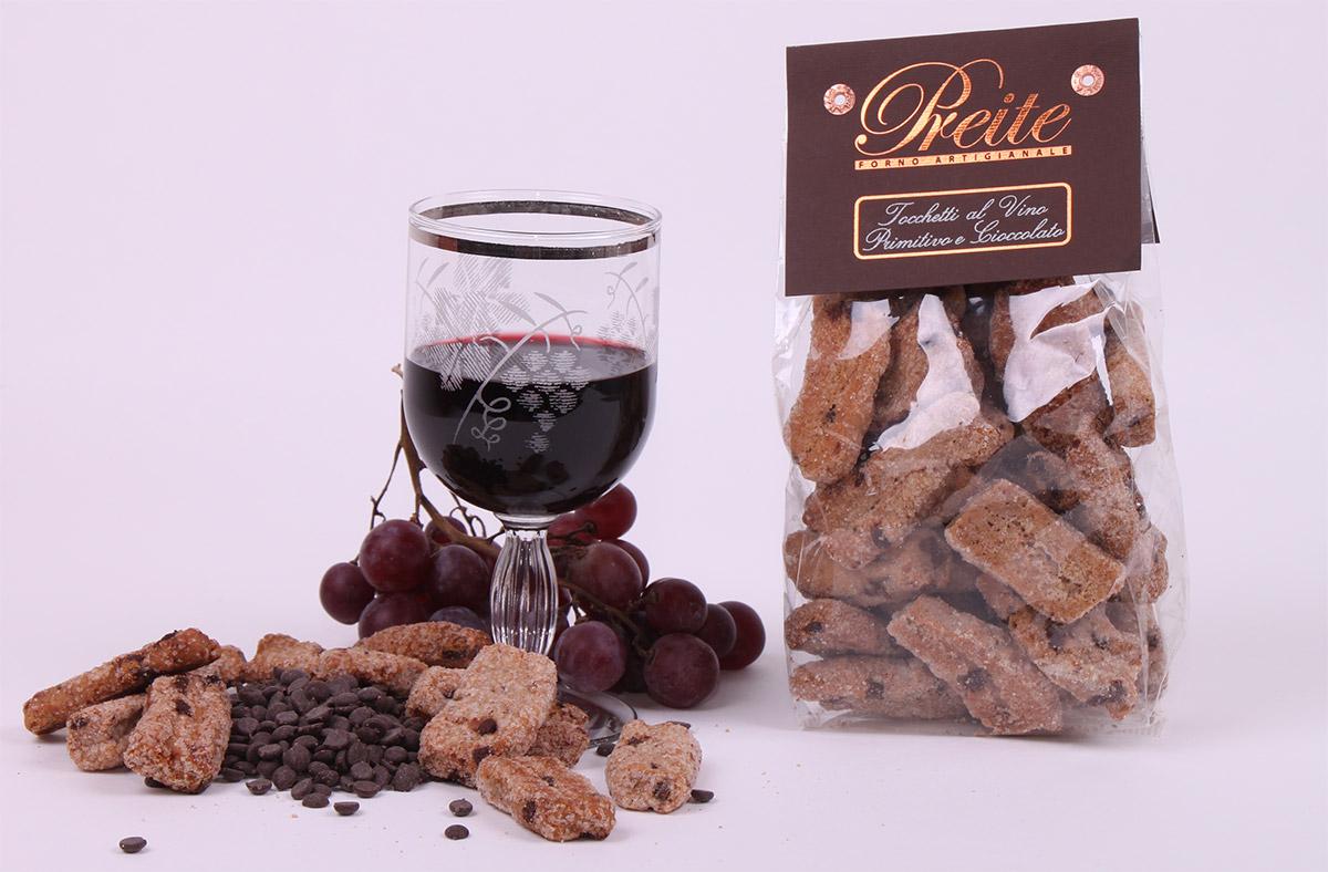 Tocchetti al vino primitivo e cioccolato